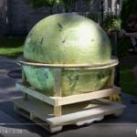 【海外の人気動画】900kg超!世界一のバスボム作ってみた
