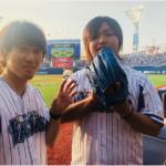 水溜りボンドが横浜DeNAの始球式に登場!トミーが堂々のストライク!
